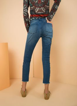518205_3172_2_M_CALCA-JEANS-A-SKINNY-CENOURA-COMFORT