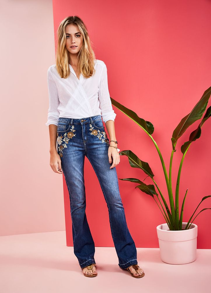 519115_3172_1_M_CALCA-JEANS-A-FLARE-SWEET-SEVENTIES