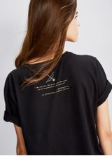 521409_021_1_M_T-SHIRT-LOCAL-PERSONAGENS